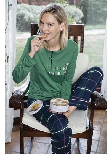 Aydoğan Kadın Altı Lacivert Ekoseli Üstü Yeşil Poplin Pijama Takımı Renkli